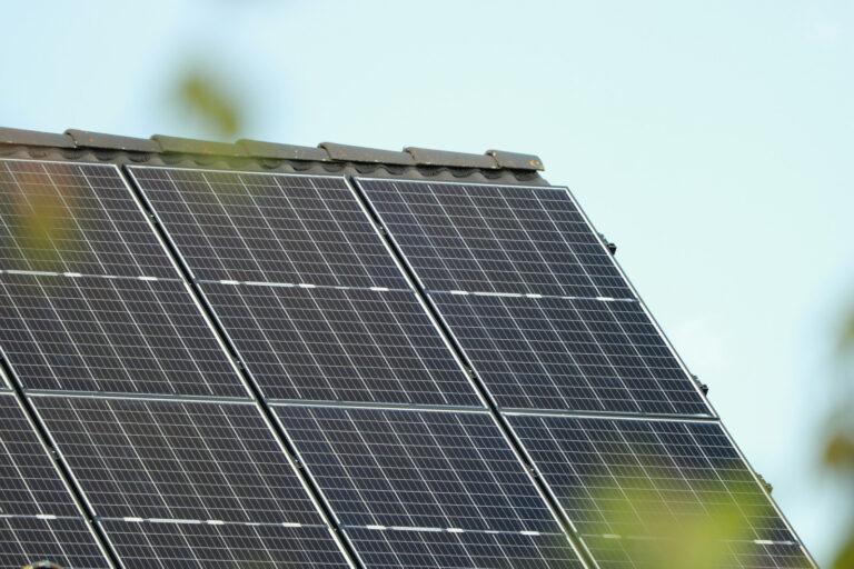 photovoltaic-6239423_1920